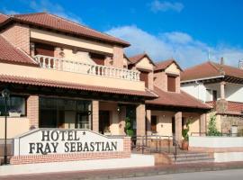 Hotel Fray Sebastian, Nava de la Asunción