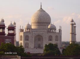 Kamal Hotel, Agra