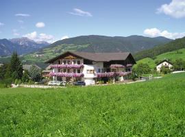 Hotel Rosenheim, Rodengo