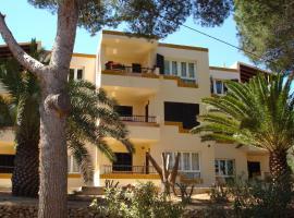 Apartamentos Los Pinos, Cala Murada
