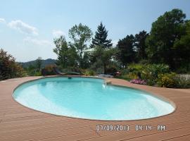 Gîte Les Terrasses de La Crouzille, Puygouzon-et-Montsalvy