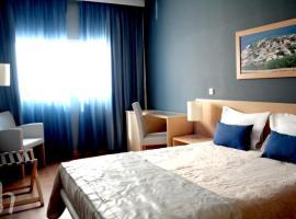 Hotel Santiago, 프라이아