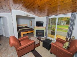 Safe Haven Cottage Resort, Algonquin Highlands