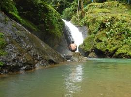 Portasol Rainforest & Ocean View Community, Portalón