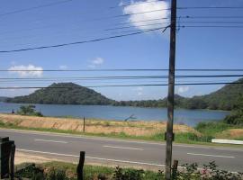 Sudu Kanda Lake Resort, Giritale