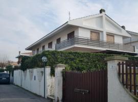 Villaggio Tognazzi Beach House, Torvaianica