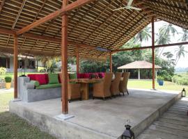 Sri Devi Retreat, Talpe
