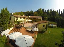 Casale Degli Ulivi, Verona