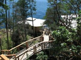 Rockwater Secret Cove Resort, Halfmoon Bay