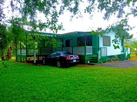 Hale Akule Hawaiian Beaches Cottage, Pahoa