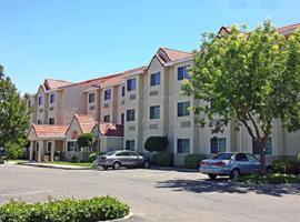 Motel 6 Dixon, Dixon