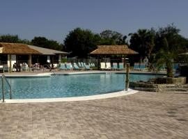 Cypress Cove Nudist Resort, Poinciana