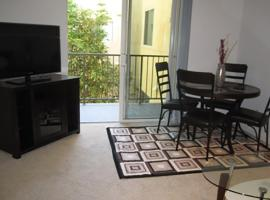Two-Bedroom Apartment Near Promenade, Los Angeles