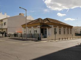 Le Penguin Hostel, Faro