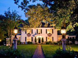 A Williamsburg White House Inn, Williamsburg
