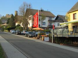 Land-gut-Hotel zur Burg Nürburgring-Eifel