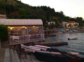 Lago Maggiore, Lesa