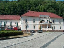 Hotel Oravan