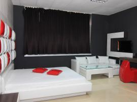 Bedroom Place Guest Rooms, Rusze