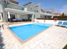 Faros Luxury Apartments, Perivolia