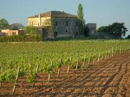 Hotel Castell de Gimenelles, Sant Jaume dels Domenys