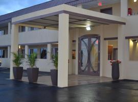 Wave Hotels Monroe, Monroe