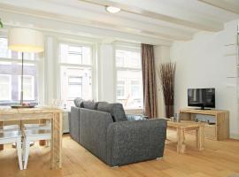 14-1 Cozy Jordaan Apartment