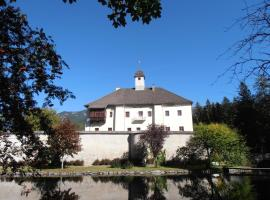 Ferienwohnung Schloss Dornbach, Gmünd in Kärnten
