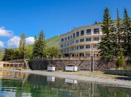 Blue Sevan Hotel, Kalavan
