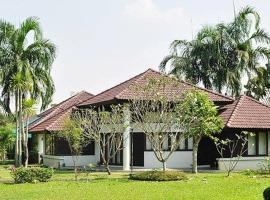 Pattaya Country Club & Resort, Ban Pong