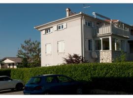 Apartment Villa Paula, Zambratija