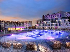 Hard Rock Hotel Ibiza, פלאייה דן בוסה