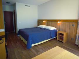 Hotelli Pesti, Parkano