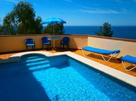 Villa Maria, Maro