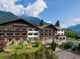 Hotel Appartement Inge, Tirolo