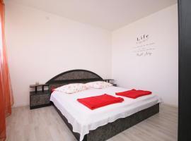 Apartment Life, Šibenik