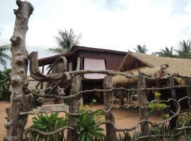 Khoeun Sreymom and Khlot Sopheng Homestay, Banteay Chhmar