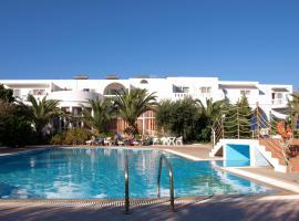 Eristos Beach Hotel, Megálon Choríon