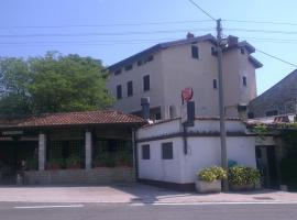 Bassanese-Kastel Guesthouse, Buje