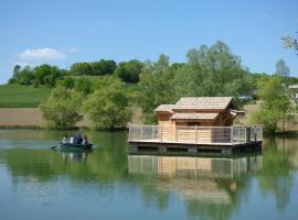 Cabanes Flottantes du lac de Pelisse, Douzains