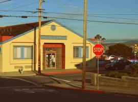 HI - Monterey Hostel, Monterey