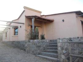Posada Campo Morado, Huacalera