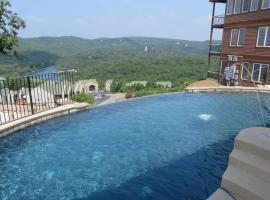 Cliffs Resort Table Rock Lake, Branson