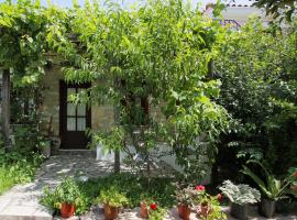 Perivoli Studios, Skopelos Town