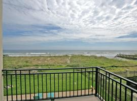 Golden Star Upper Level by Vacation Rental Pros, Jacksonville Beach