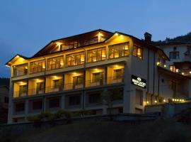 Hotel Brod Lucky, Lŭki