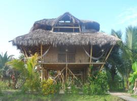 Hosteria Las Lagunas, Mompiche