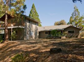 Lazy Bear Lodge, Oakhurst