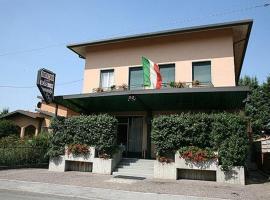 Hotel Molteni, Veduggio con Colzano