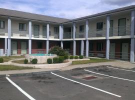 Branford Motel, Branford